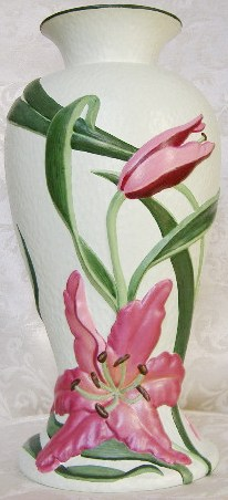 LSC Creations Hand-Painted Products Lily Vase